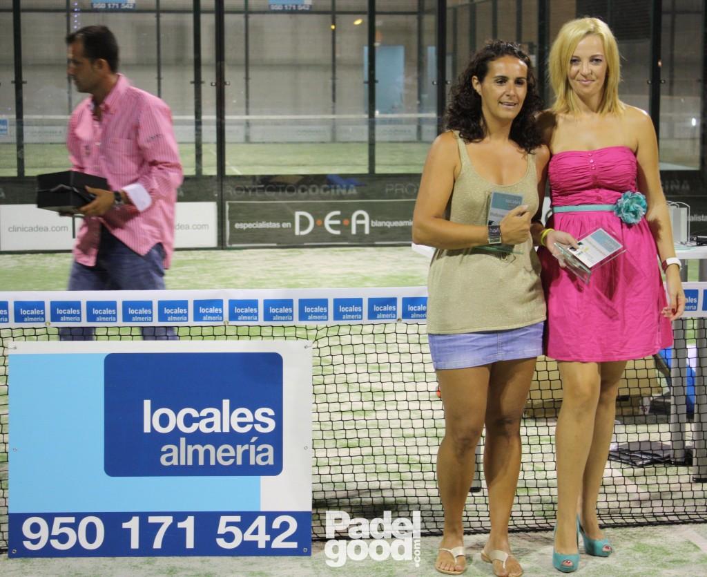 trofeo11 torneo locales almeria padelgood Finaliza el I Open de Pádel Locales Almería con victoria de Paquito Navarro y Xiki Cepero.