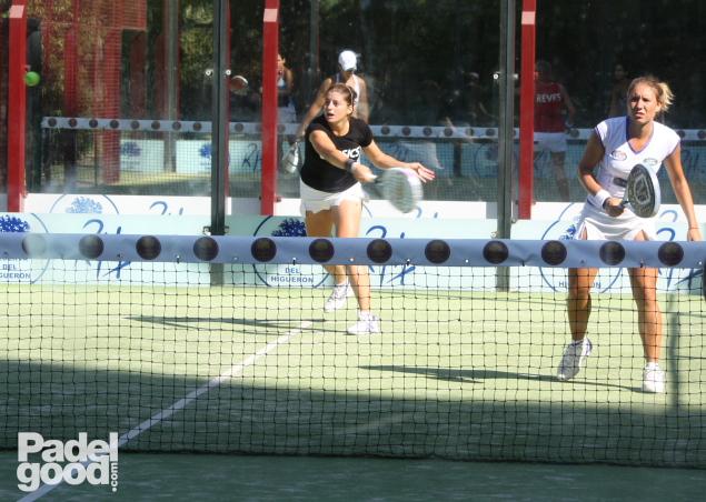 Vale Ale entrenando ResHigueron 2011 Padelgood 6 PadelGood entrevista a Valeria Pavón y Alejandra Salazar!!!!!!