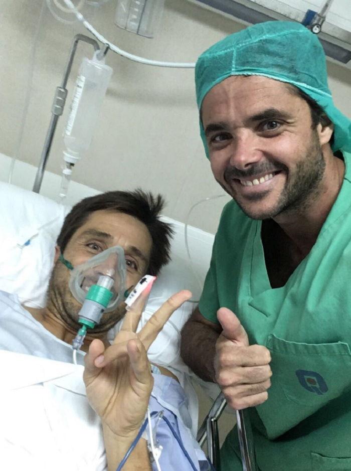 Bela operacion rodilla Fernando Belasteguin, operado con éxito de su rodilla