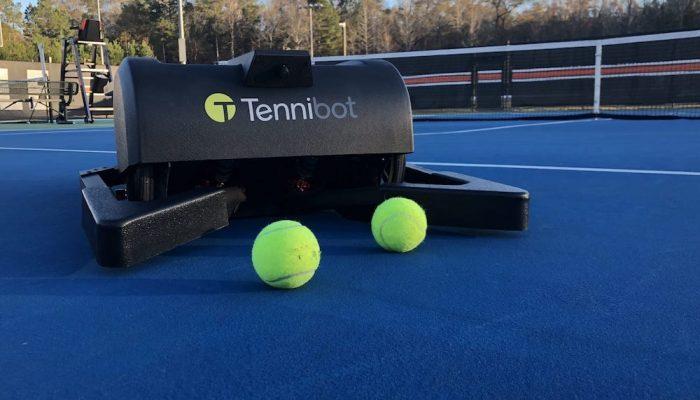 Tennibot, el robot recogepelotas para el pádel y el tenis